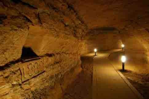 Particolare della Grotta Mancinforte
