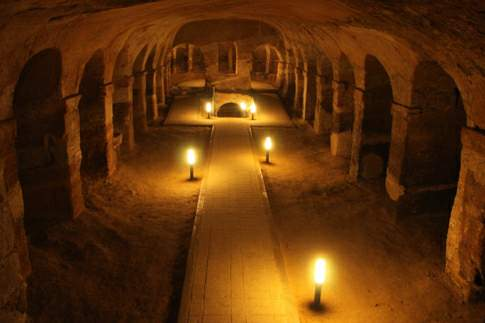 Scopri le attrazioni di Camerano - Grotte