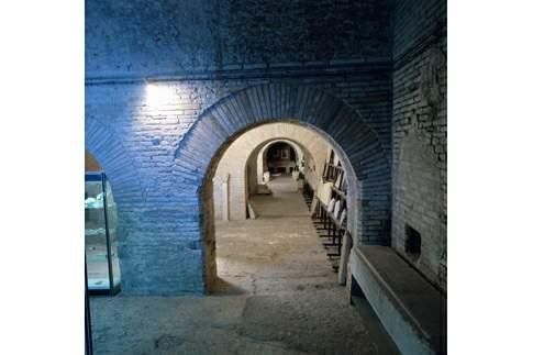Reperti archeologici conservati nelle Cisterne romane di Fermo