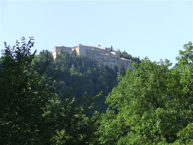 Discover the attraction of Arcevia – Avacelli Castle