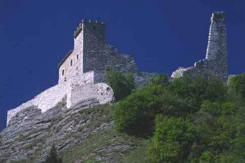 Scopri le attrazioni di Camerino - Rocca Varano