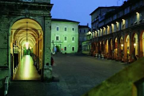 Scorcio notturno di Piazza del Popolo