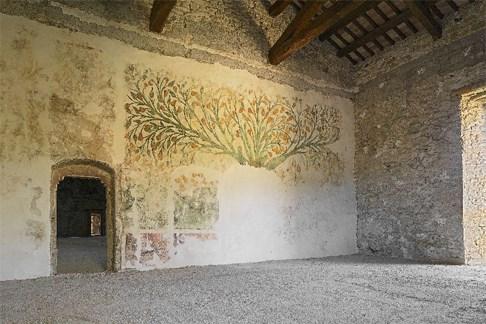 Scopri le attrazioni di Valfornace - (località Pievebovigliana) Castello di Beldiletto
