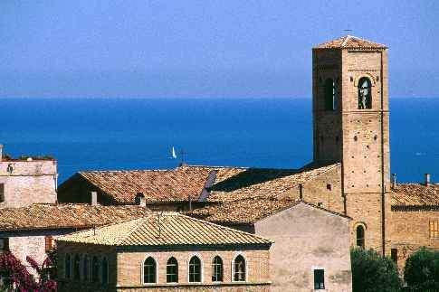 Torre di Palme e il suo borgo