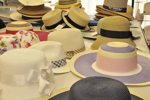 Scopri                                      Shopping di qualità: gli accessori