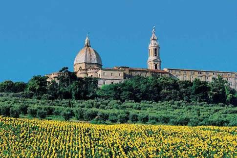 Veduta della Basilica di Loreto