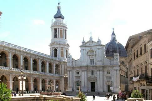 Prospetto della Basilica di Loreto