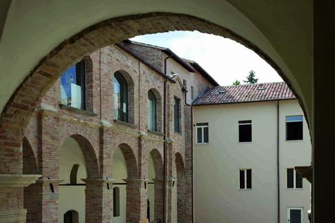 Chiostro del Monastero di S. Chiara