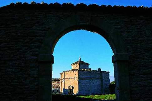 Veduta del Santuario di Macereto