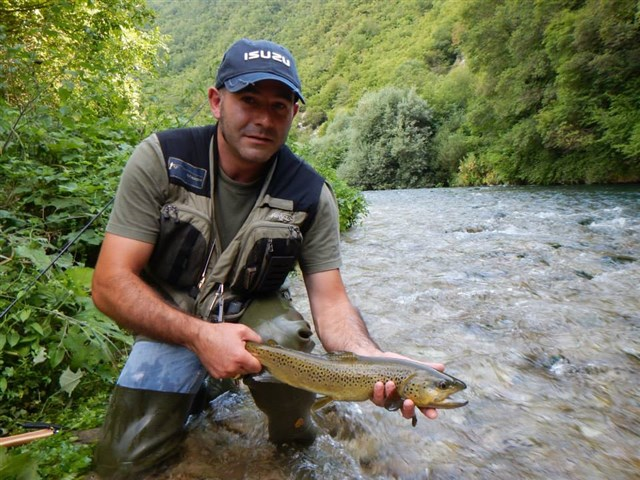 Marcheholiday fly fishing