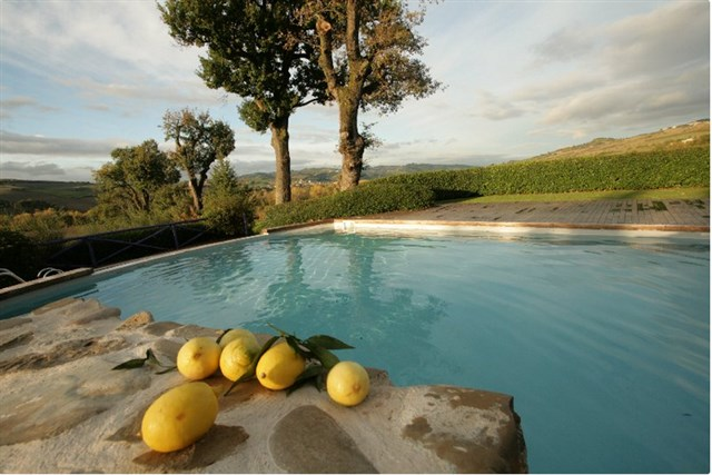 Discover the holiday package: Discovering Montefeltro among art taste and relax