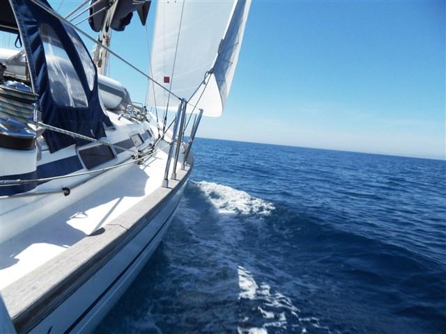 Escursione in barca a vela sulla Riviera del Conero