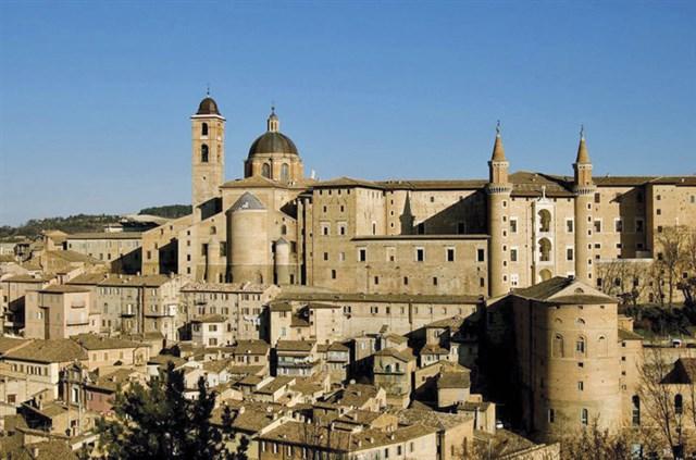 Romantico weekend benesse di coppia a Urbino