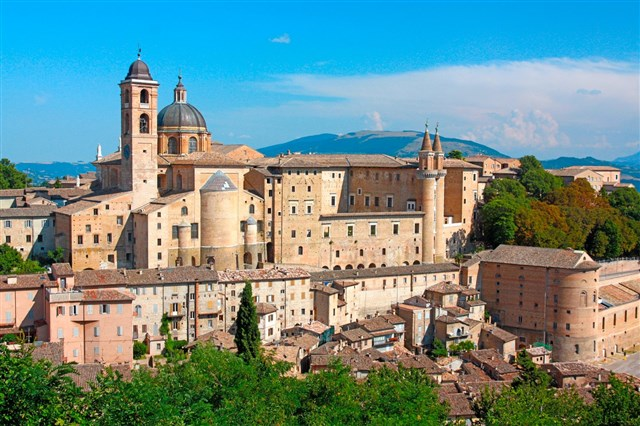 Discover the holiday package: EDEN INCOMING & DMC .... URBINO & PESARO : TASTING ART & FOOD (3 days/2 nights)