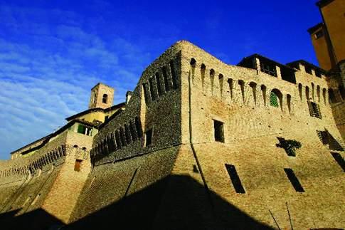 Scopri                                      La Vallesina e i castelli di Jesi