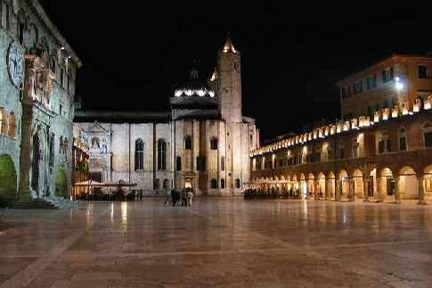 Scopri la città di Ascoli Piceno