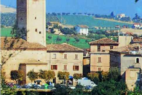 Vista del borgo di Appignano