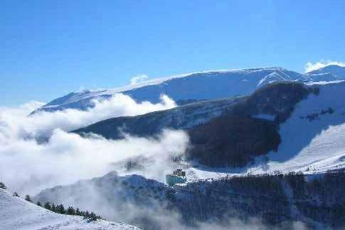 Panorama invernale di Bolognola