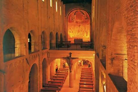 Montecosaro scalo - Santa Maria a Piè di Chienti, interno