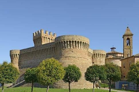 Scopri                                      Le Bandiere Arancioni del Touring Club Italiano