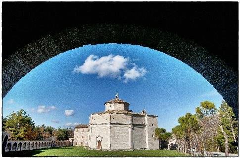 Visso - Santuario bramantesco di Macereto