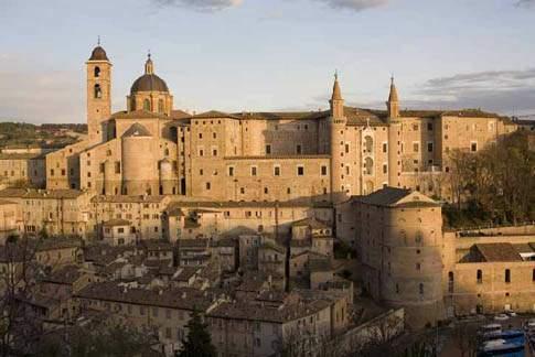 """Vista di Urbino, """"La città ideale"""""""