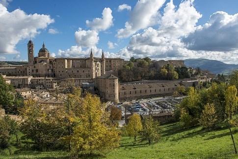 Scopri il percorso cicloturistico Urbino città UNESCO e patria di Raffaello