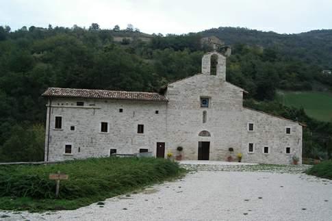 Scopri le attrazioni di Acquasanta Terme - Monastero di San Benedetto in Valledacqua