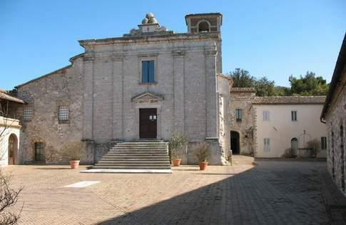Scopri le attrazioni di Sirolo - Badia di San Pietro al Conero