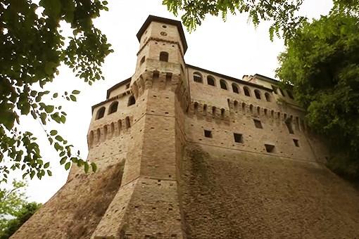 Scopri la città di Jesi città di Federico II, di G.B. Pergolesi e del Verdicchio