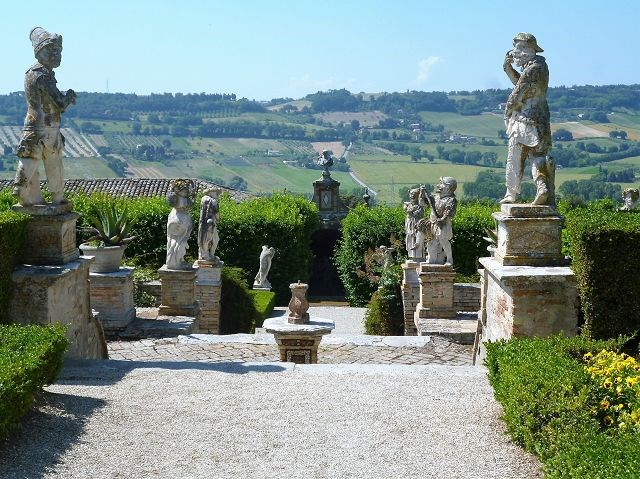 Villa Buonaccorsi - eine unserer herrlichen Gartenanlagen