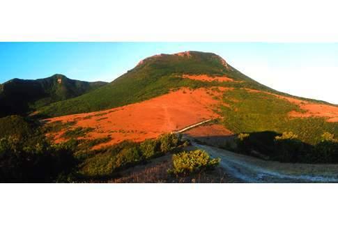 Tramonto sul Monte San Vicino