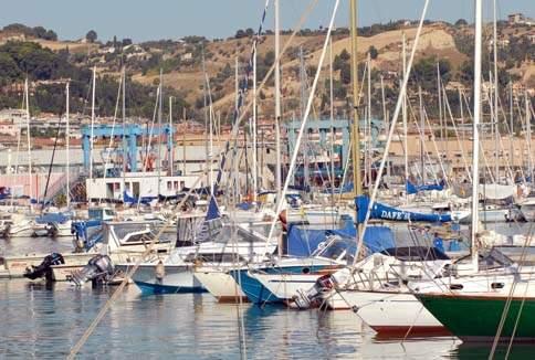 Scopri le attrazioni di San Benedetto del Tronto - Porto turistico Tiziano di San Benedetto del Tronto