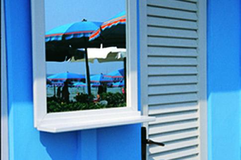 Cabina balneare sulla spiaggia di Pesaro