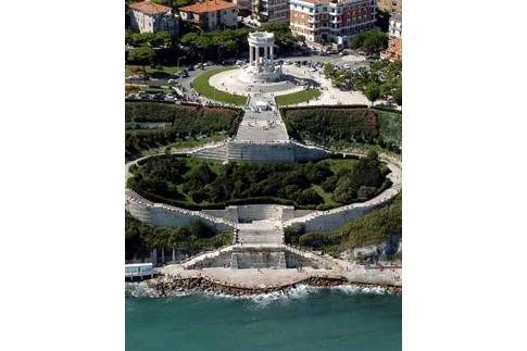 Monumentale scalinata del Passeto di Ancona
