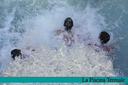 La piscina termale presso le Nuove Terme di Acquasanta