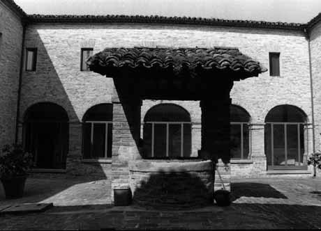 Chiostro del Monastero di Santa Chiara, Urbania
