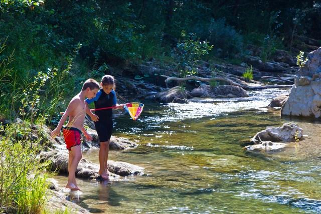 Acqua trekking. Scoprire i fiumi del Montefeltro Hiking on the rivers