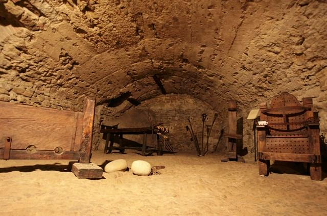 Montefeltro del mistero - Marcheholiday Alchimia, Società segrete, intrighi e peccati tra i colli del Montefeltro