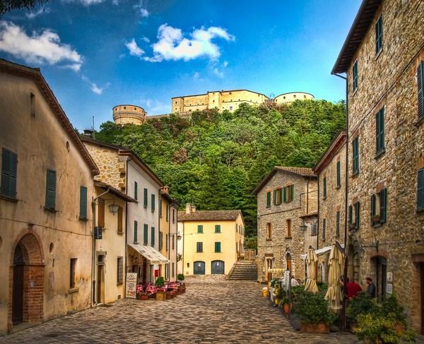 Marcheholiday Tour dei Borghi per due - 7 notti